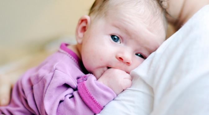 Miten luen vastasyntyneelle lapselle?