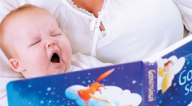 Vinkkejä lukemiseen 1 kk ikäisen vauvan kanssa