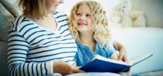 Näin saat lapsesi innostumaan lukemisesta