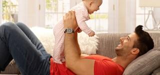Mitä puuhailla yhdessä vauvan kanssa?